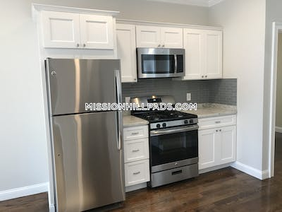 Roxbury Apartment for rent 3 Bedrooms 1 Bath Boston - $2,750